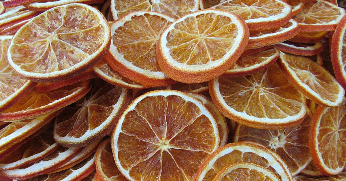 Hai voglia di uno Snack salutare? Ecco come essiccare frutta e verdura
