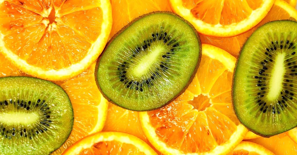 Vitamina C: perché fa così bene e in quali alimenti possiamo trovarla.