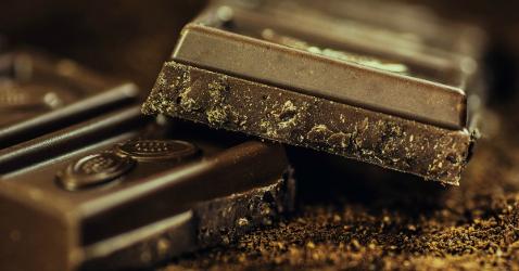 Proprietà e benefici del cacao crudo, il cibo degli Dei